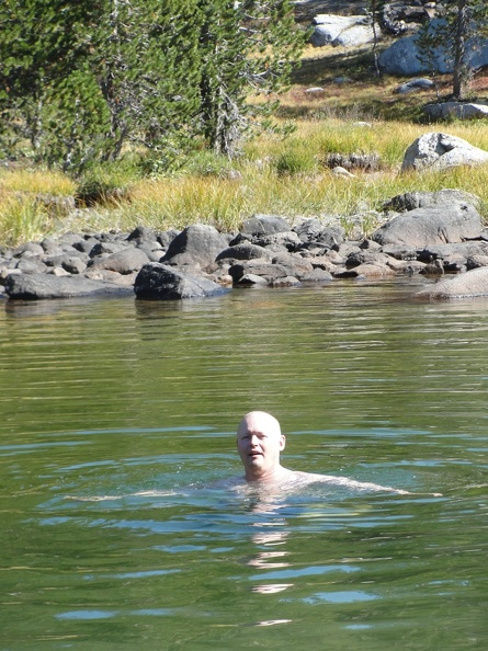 Ajahn Jotipalo jumps into a freezing lake - but only after Ajahn Sudanto did