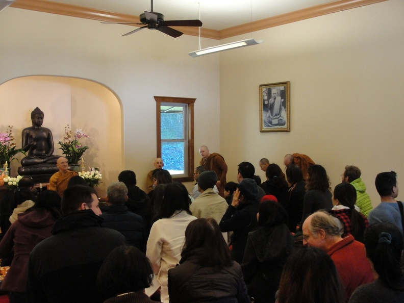 11 A packed Dhamma hall.JPG