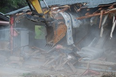 The front of the house is gone - Dust!
