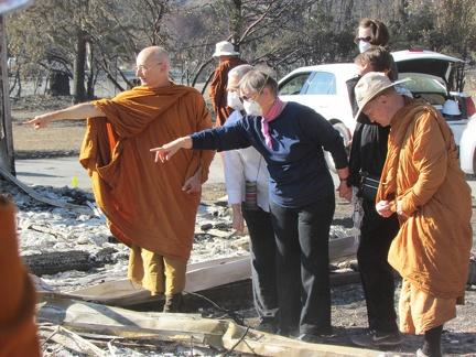 Ajahn Karunadhammo discovers Dee's Buddha