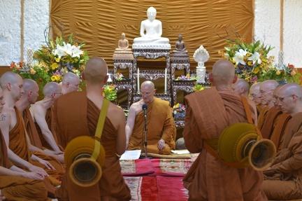 13 Approaching Luang Por