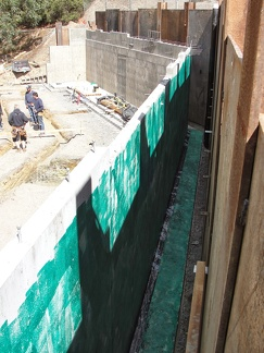 Q7 waterproofing retaining wall