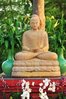 010) Future Reception Hall Buddha Rupa