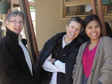 037) Iris, Sandra & Nook