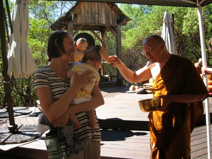 062a) Leo Ananda gets another blessing from LP Pasanno