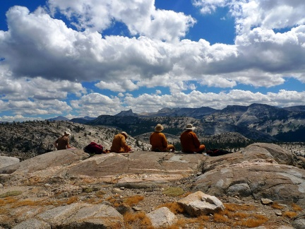 092) Enjoying a Lunch in Yosemite