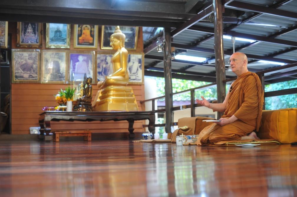 Luang Por visits Wat Boonyawat | Abhayagiri Gallery